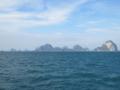 アンダマン海(左側がクラビー)(トラン県,タイ)