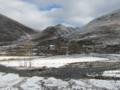 白色の新都橋(中国四川省甘孜州康定県新都橋鎮)