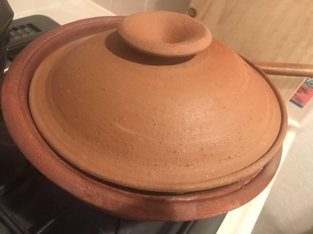 フタをした鍋