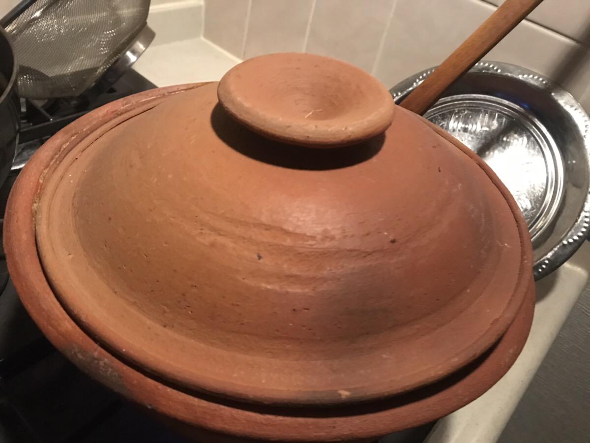 フタをした土鍋