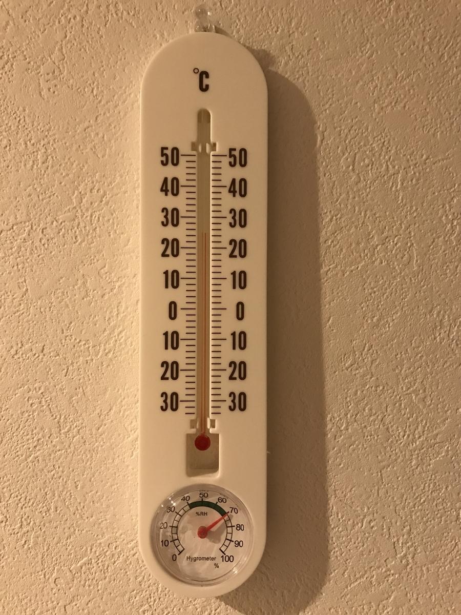 湿度計 湿度70%越えは当たり前
