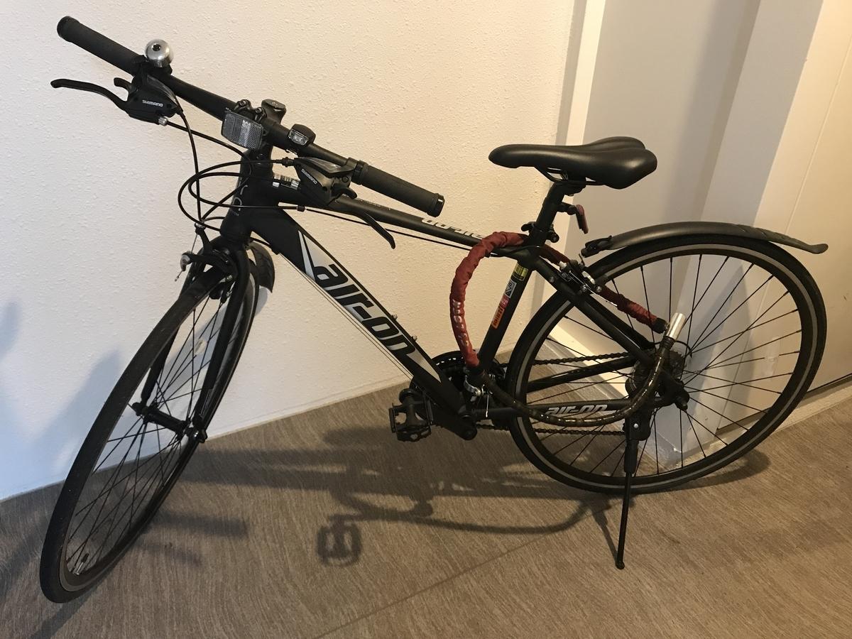 大阪で買った黒いクロスバイク