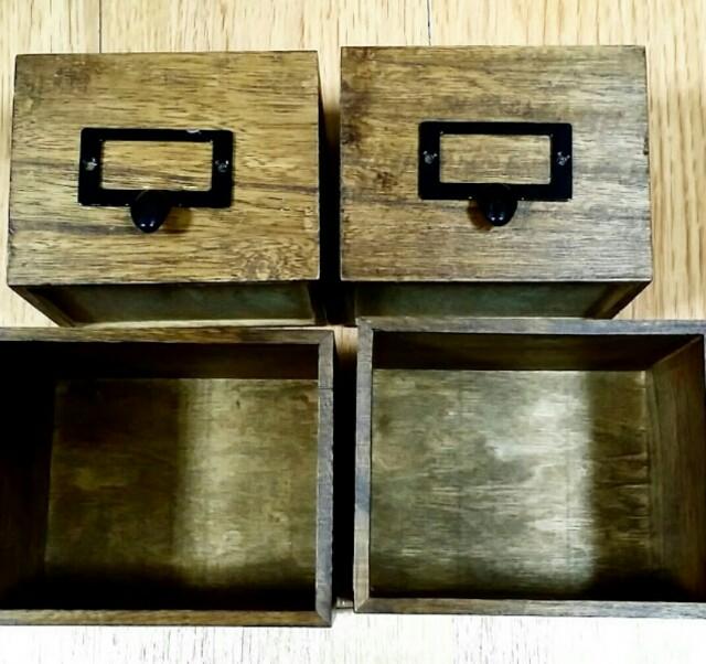 ブライワックスで塗装した100均の木箱