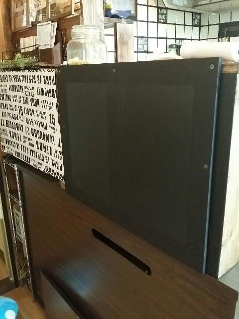 キッチンに黒板を付ける