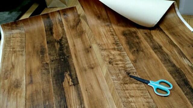 壁紙屋本舗の木目壁紙