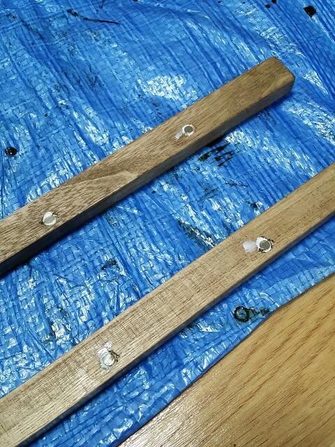 100均の木材に磁石を付ける