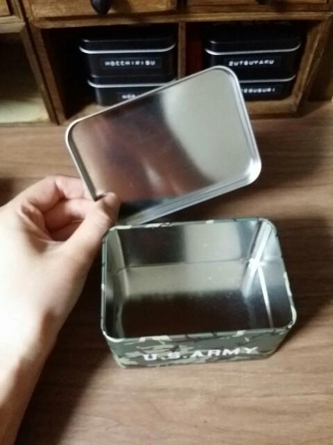 100均小物収納缶 整理整頓