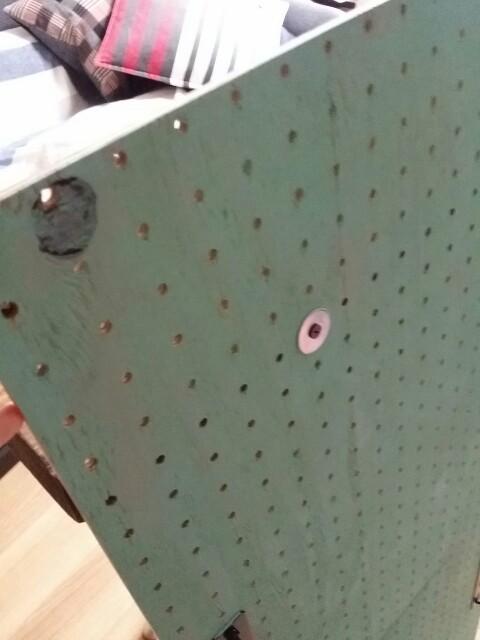 有孔ボードへの棚の付け方
