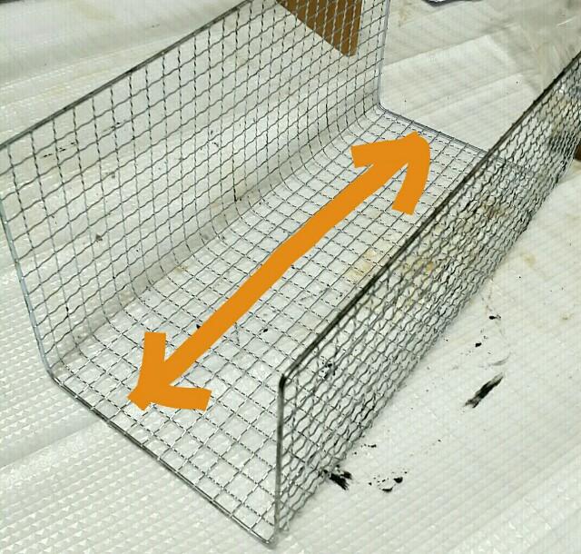 焼き網の幅で曲げる方法