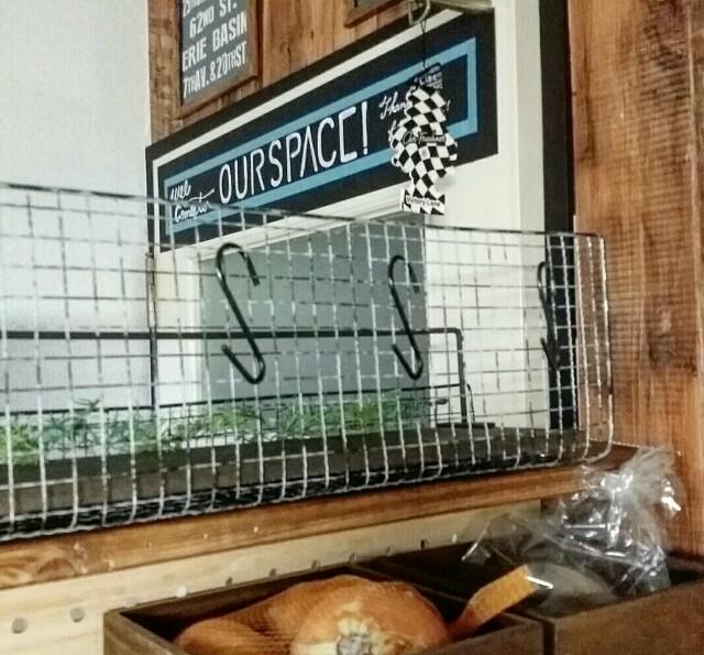 焼き網リメイクDIY棚にフックをかける収納