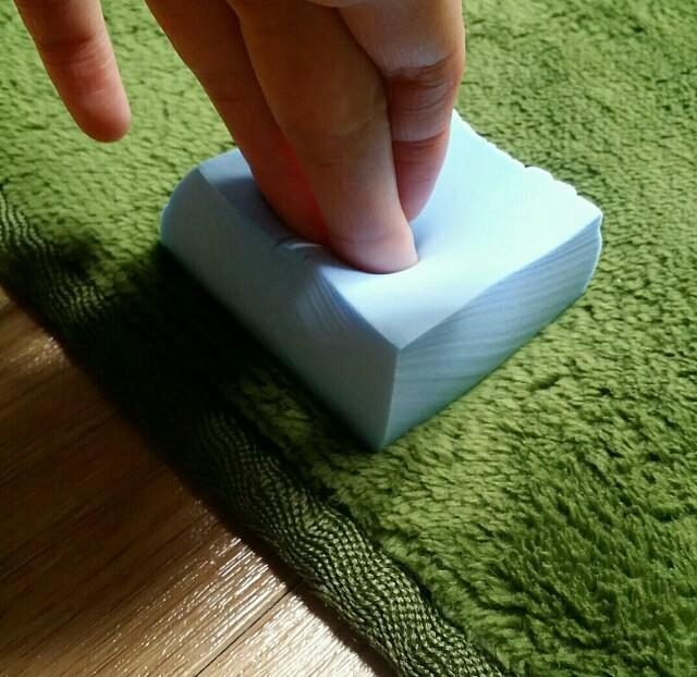 カーペットや絨毯の汚れを吸い取る方法の