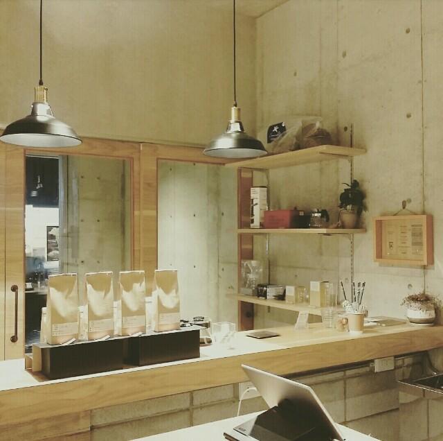 DIYで参考になるカフェインテリアの内装