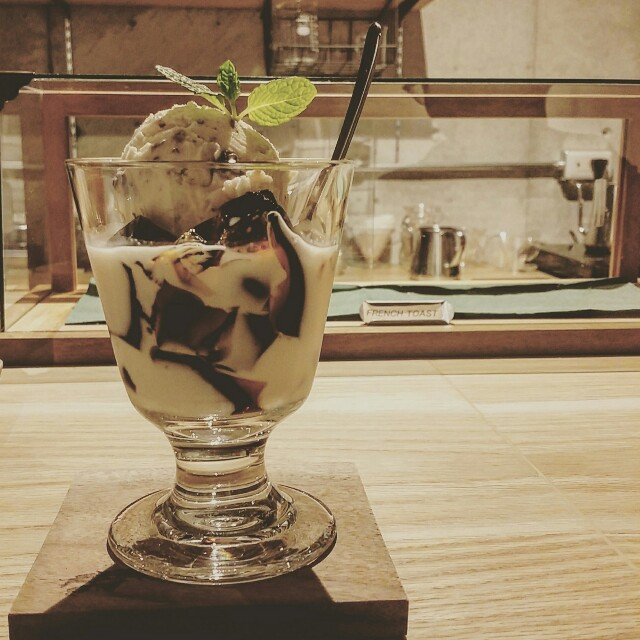 大阪堀江のカフェで人気のコーヒーゼリー