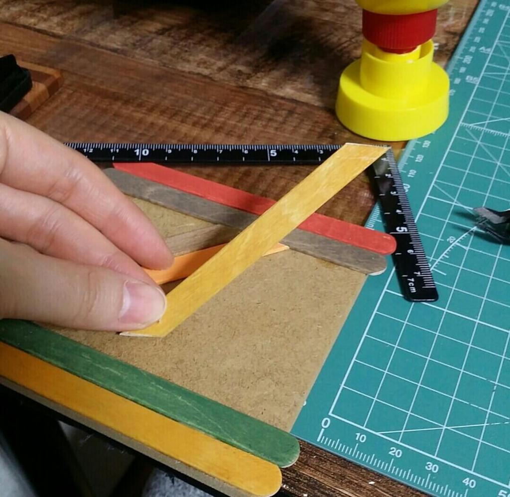 ヘリンボーンを100均DIYで作る手順