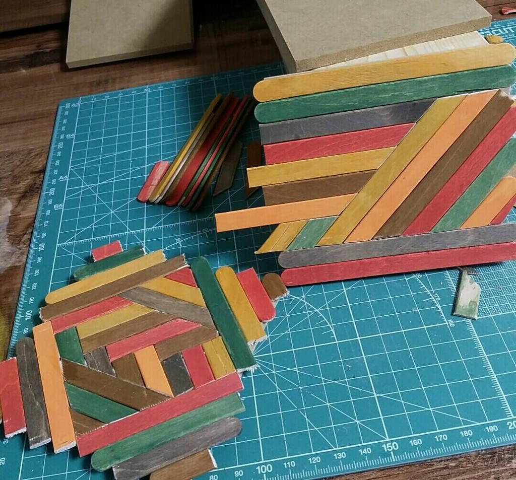 ヘリンボーン風のコースターを作る手順