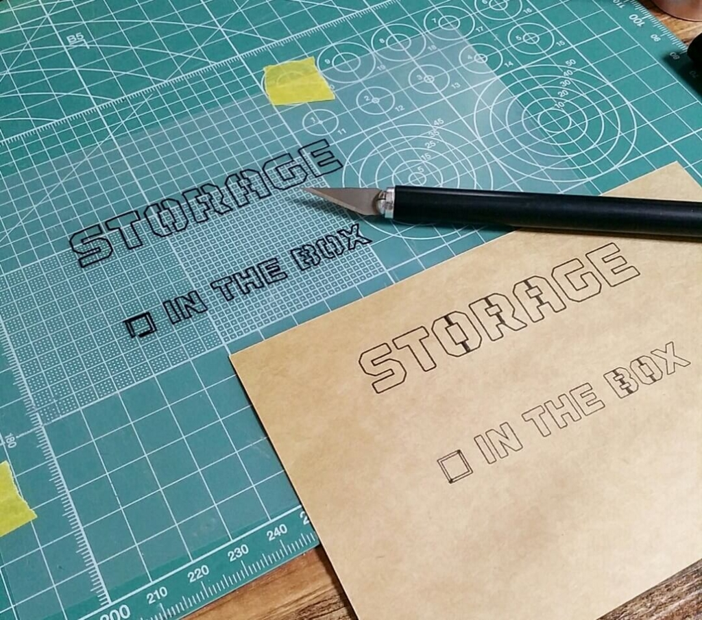 クリアホルダーで自作ステンシルシートを作る方法