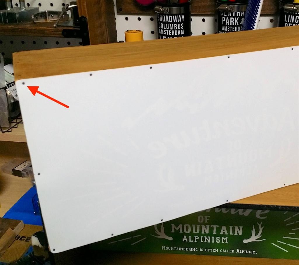 100均で収納ボックスを作る時に釘で固定する方法