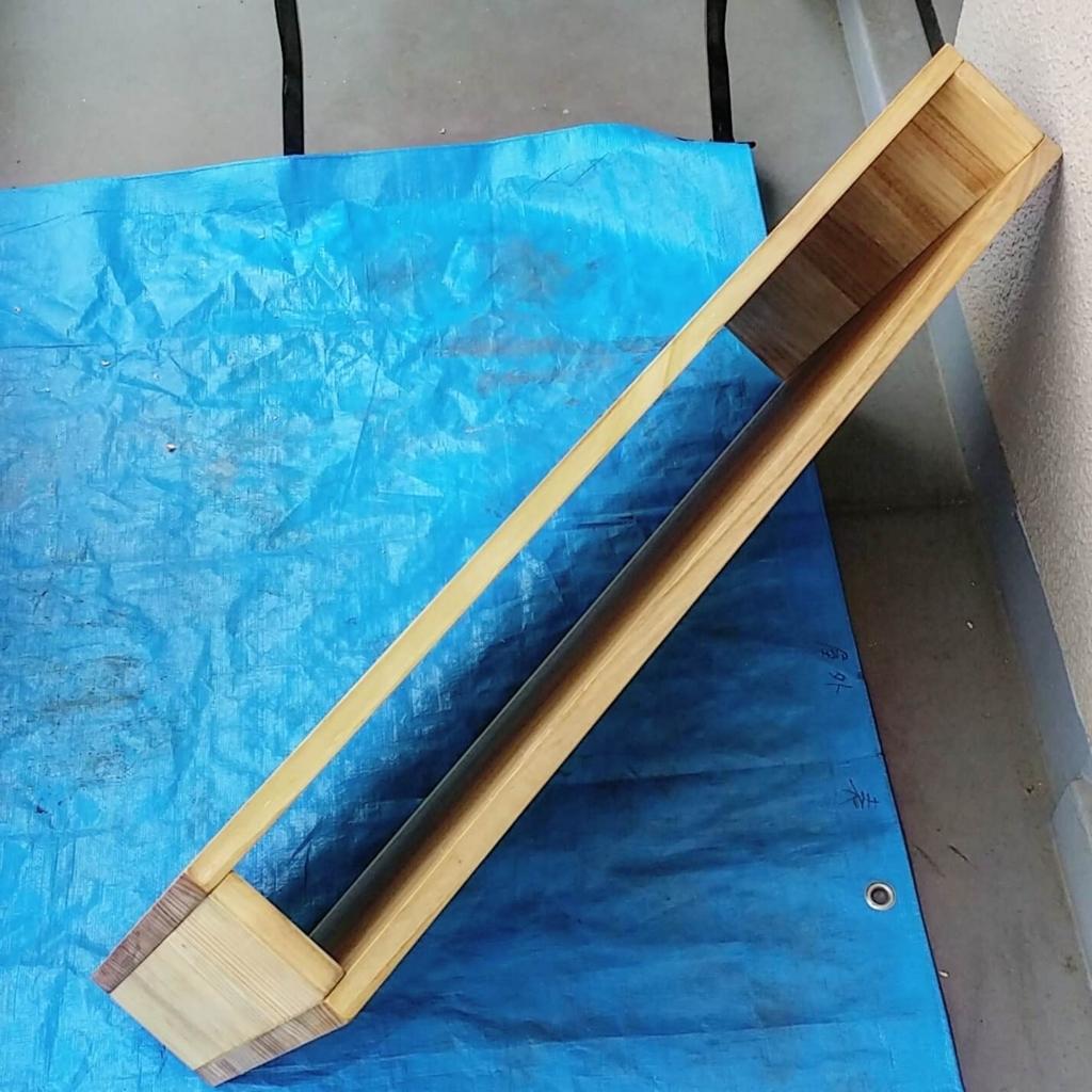 箱型に組んだテーブル天板をDIY