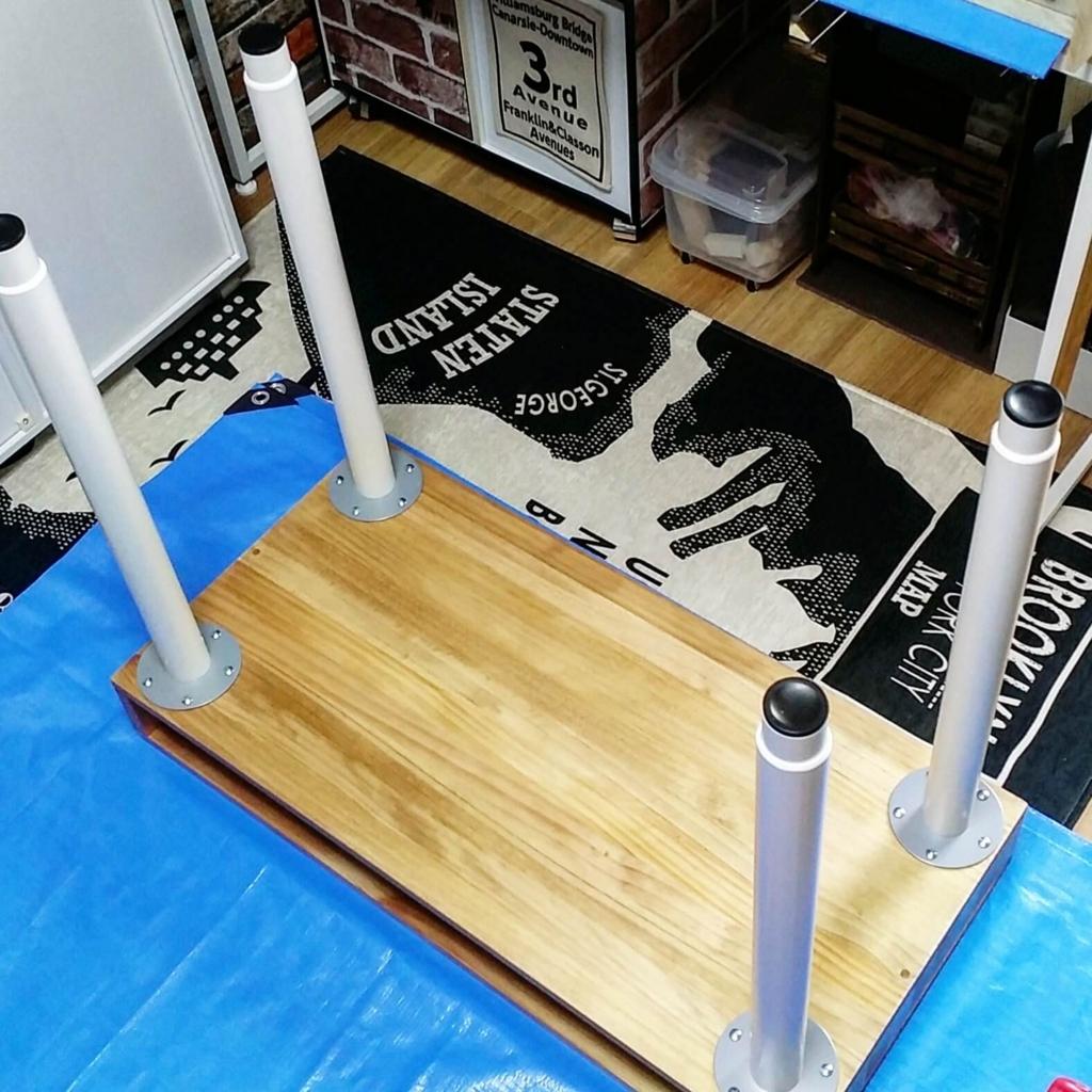 IKEAの脚と天板でテーブルを作る