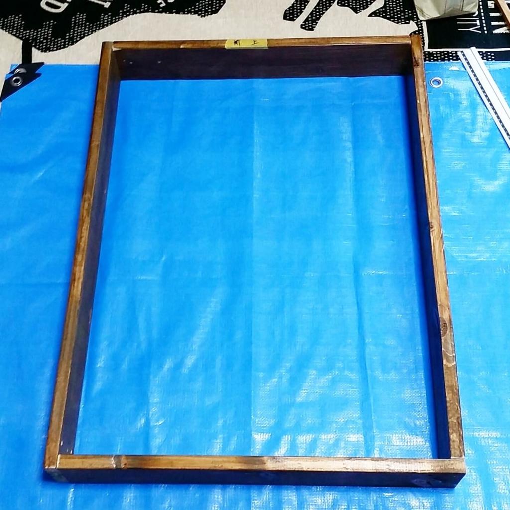 収納棚の木枠のDIY