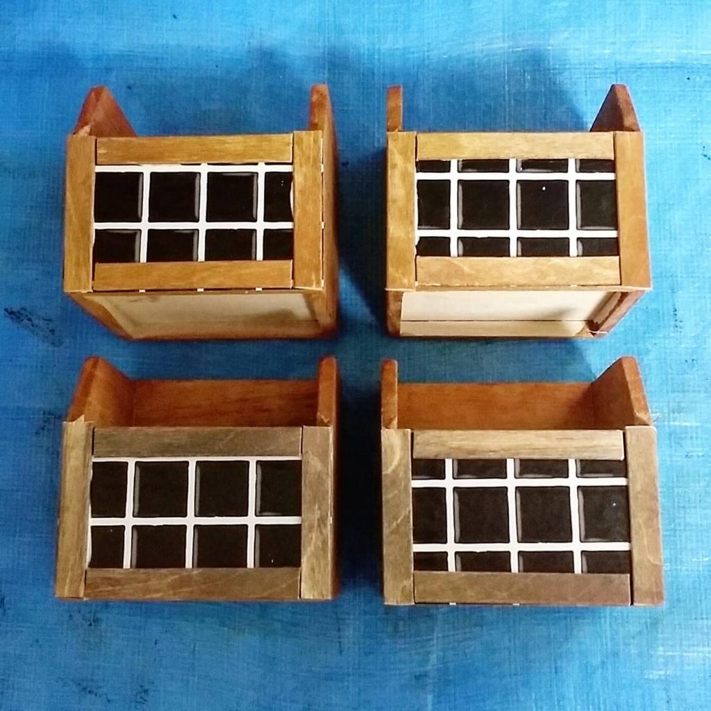 100均の木箱をリメイクシートと木枠でリメイクするDIY