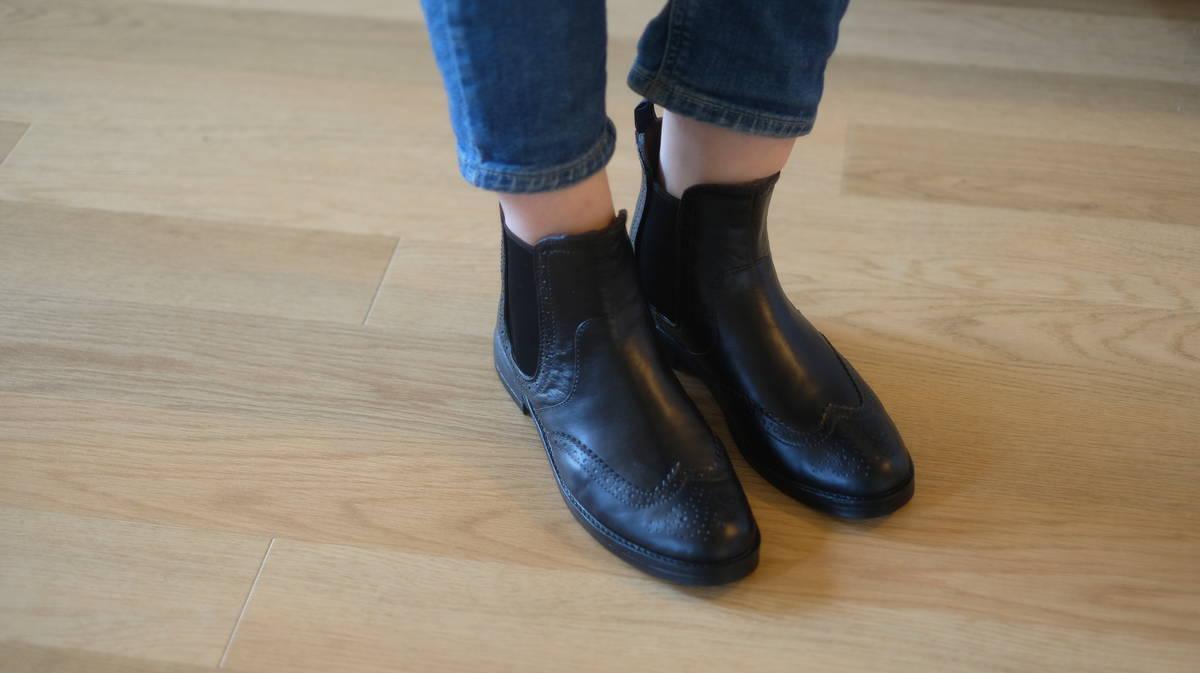 幅狭さんでも履ける細めワイズの防水シューズ・レインブーツ RAINFUBS