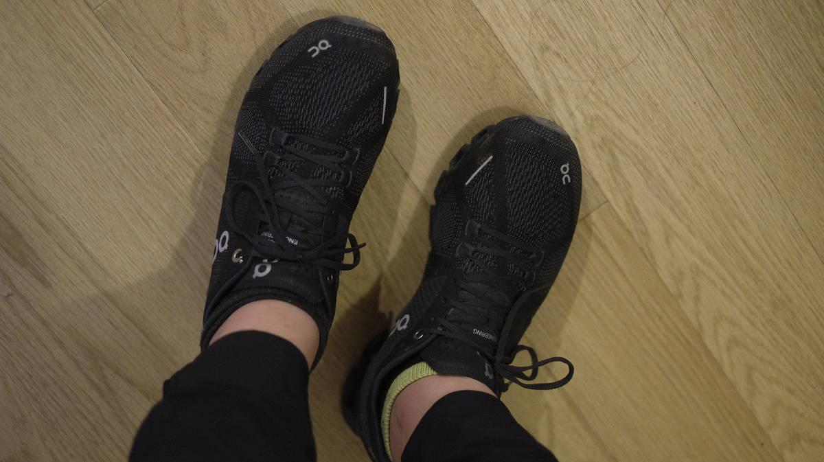 私の幅狭足にフィットするランニング用スニーカー、見つけました