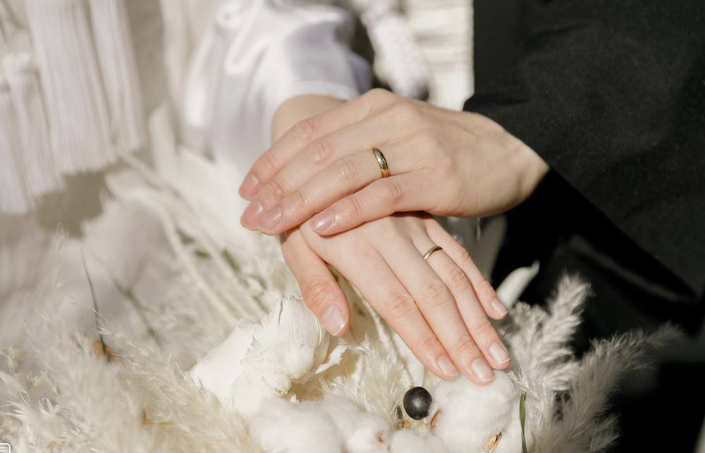 私はナシ婚でよかったよという話【結婚式しないと後悔する?デメリットは?ドレスは?】