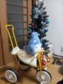 今年のプレゼントは三輪車とブーツ。