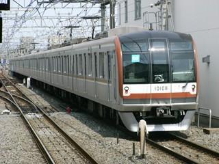 東京メトロ10000系(和光市)