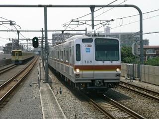 東京メトロ7000系 渋谷行き 中村橋