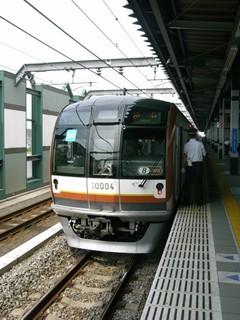 東京メトロ10000系8R  練馬