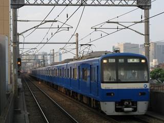 京急600系ブルースカイ 12連快特 立会川