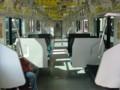 E331系車内セミクロスシート部分