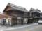 蔵の通りにある和菓子屋「亀屋」