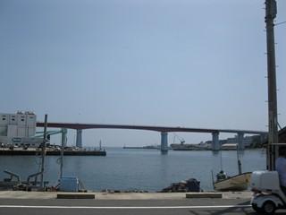 1:00くらいの城ヶ島大橋のカット(若干広角気味)