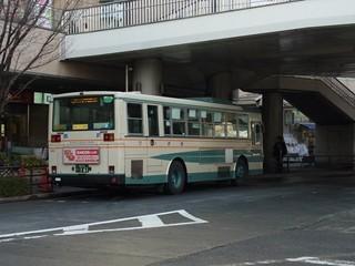西武バスUD+富士7E[西03]大泉学園駅