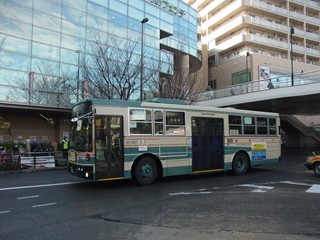 西武バスUD+富士7E[回送]大泉学園駅