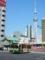 吾妻橋交差点の都バスとスカイツリー