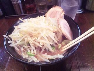 野方 麺屋 無限 ラーメン(野菜盛り)
