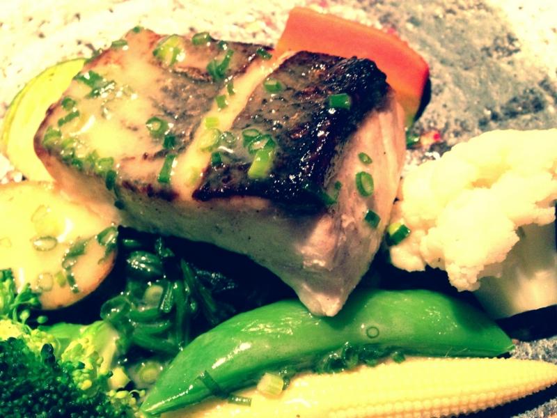 昨夜のお食事会のメインのお魚料理