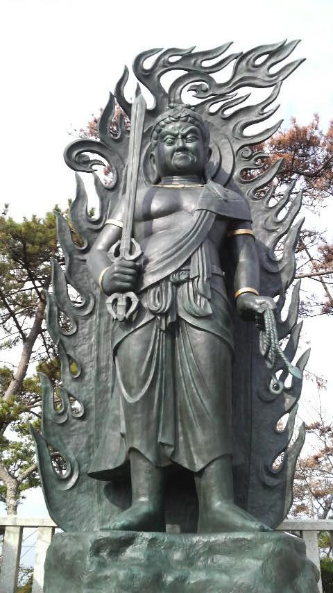 f:id:makoto-jin-rei:20071208105000j:image