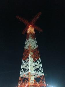 夜の降下塔