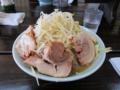 小豚(800円)野菜増し増し・ニンニク増し