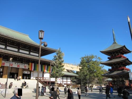 本堂と三重塔