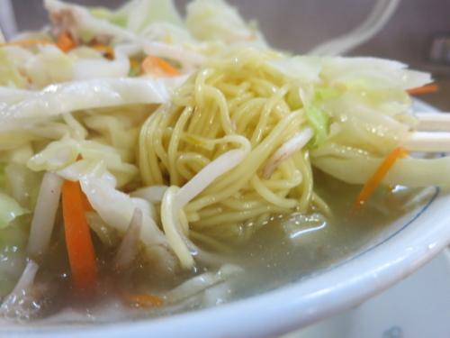 玉竜亭の麺