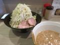 半チャーシュー(?)つけ麺大盛(850円)野菜マシマシ・ニンニク