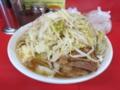 小ラーメン豚入り(750円)ヤサイ・ニンニク