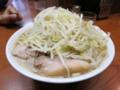 ぶた入り小ラーメン(750円)+ヤサイ