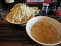 背脂つけ麺(780円)+中盛り[300g](0円)ヤサイ